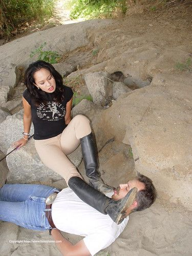 best of Her boots Lick