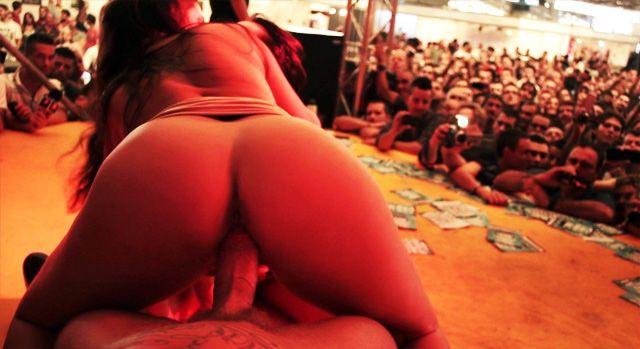 Pocky reccomend Fucking in public orgy