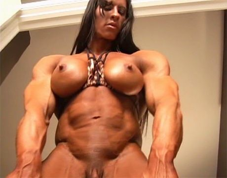free clips of muscle women having sex