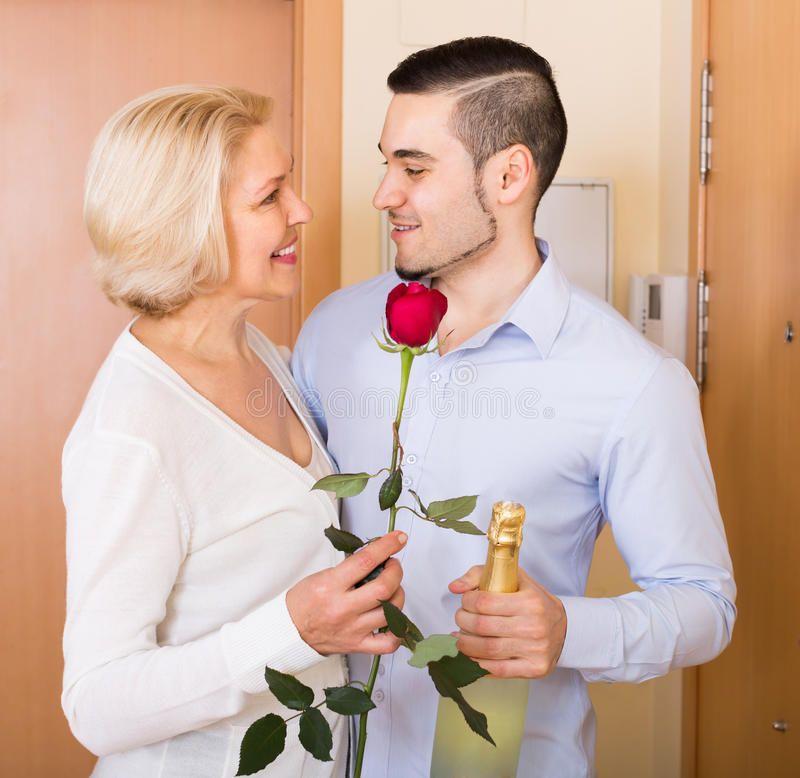 Glitzy reccomend Aged flowers mature