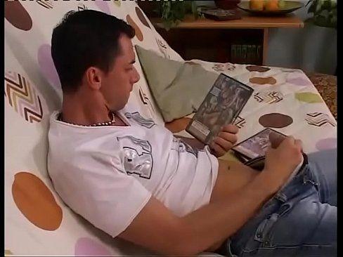Jerk off in moms tits tube