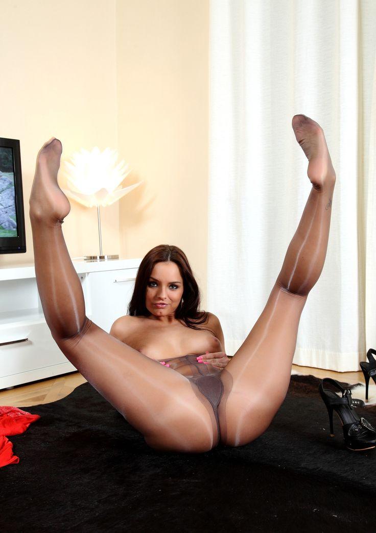 Hard female spank men