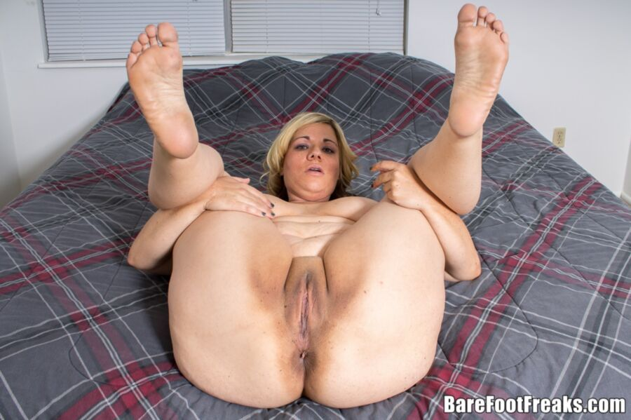 Bbw foot fetish video