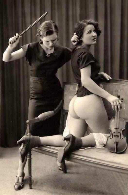Blitz reccomend Femdom classic spanking