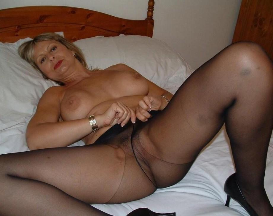 Pantyhose shemale video