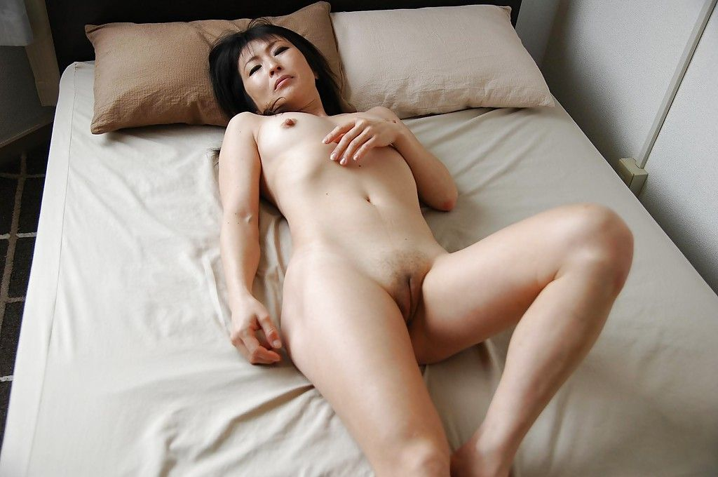 Old sexy asian wifes