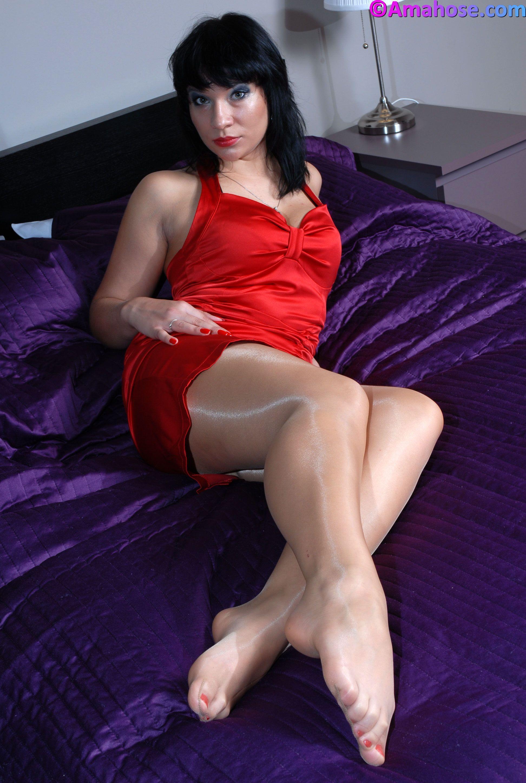 Sunshine reccomend Free shiny pantyhose and