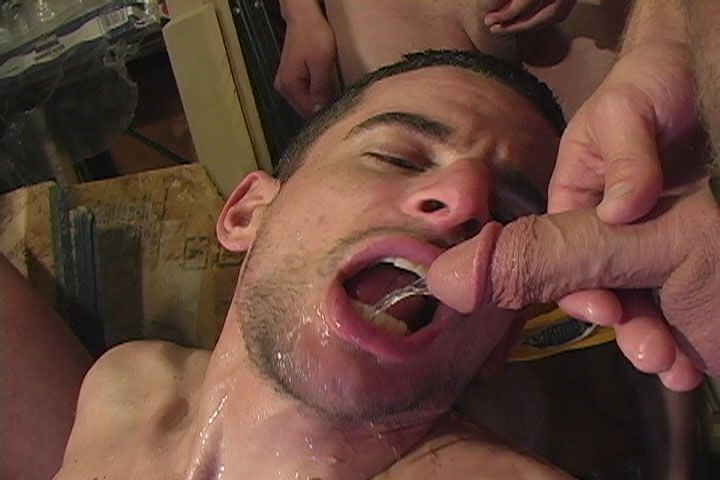 Gay swallowing piss gallery