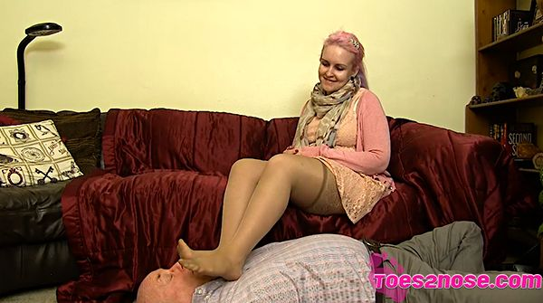 Smell my nylons lesbian xena meets lucy again - 1 part 8