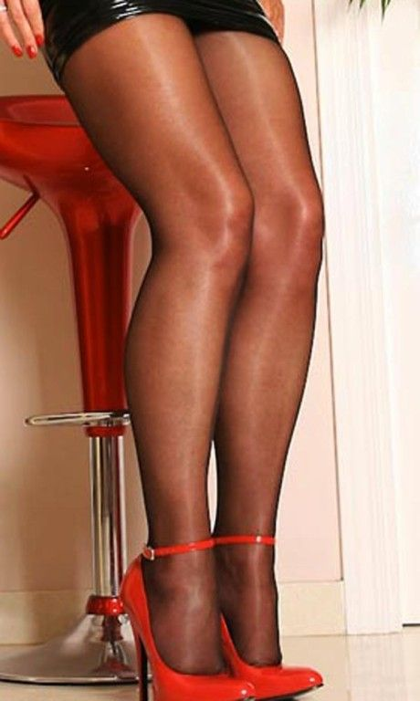 Removed sheer pantyhose shave mpeg