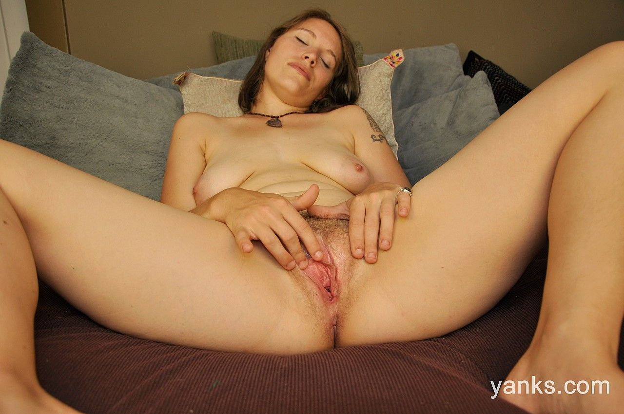 Girl masturbation photo