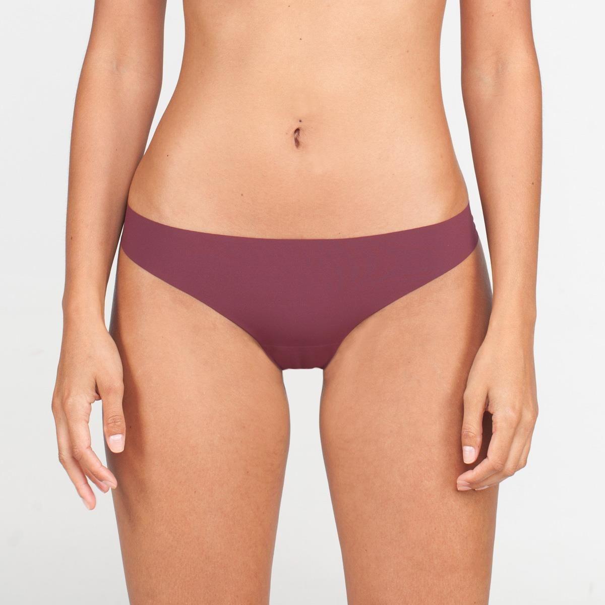 Invisible public bikini