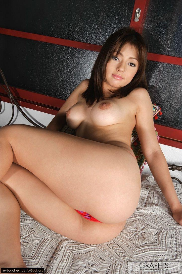 Japanese av model sarah