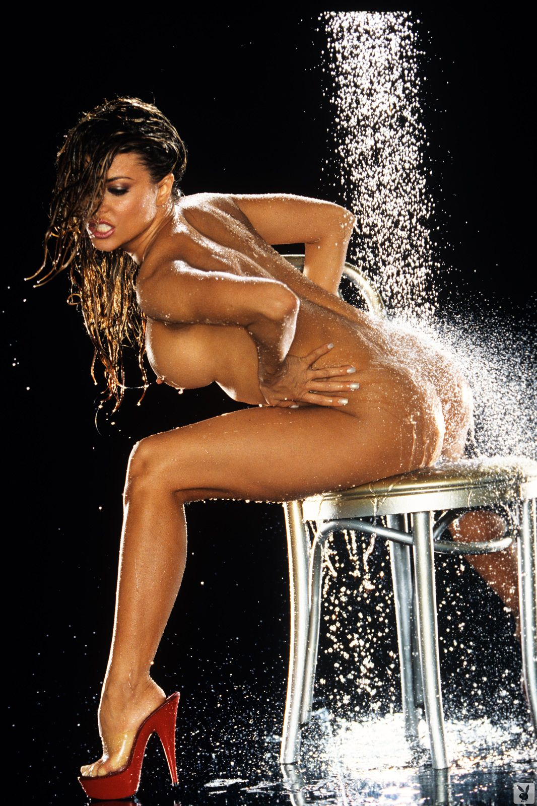 Carmen electra nude in shower hot