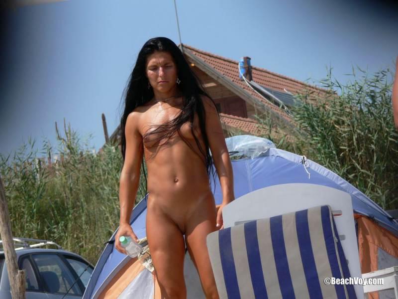 Free nude milf vouyer pics