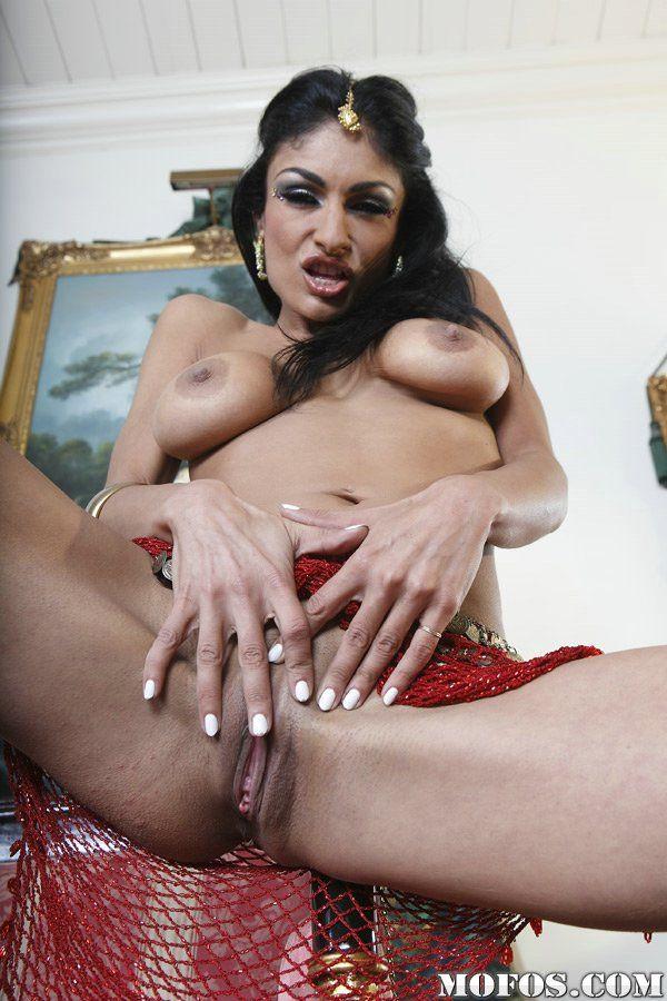 Amateur sexy short skirt porn