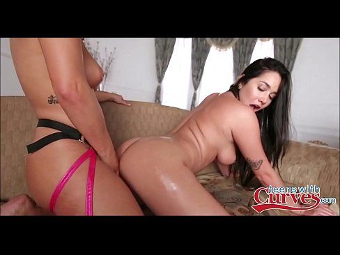 best of Latina college Two fucking lesbian