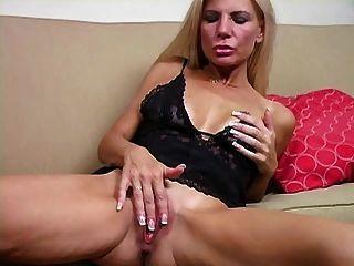 Buzz reccomend Jerk off in moms tits tube