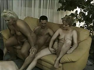 Family nudist homepage