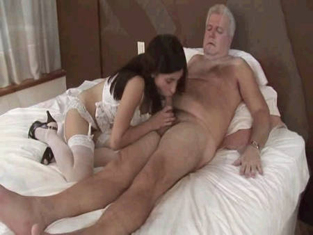 Hot naked milf squirting
