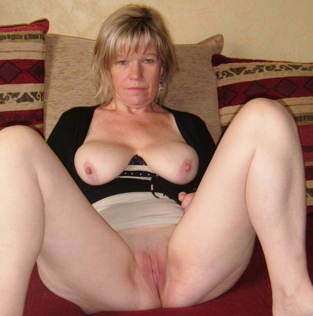 sex women Irish mature anal