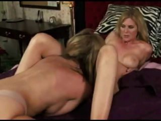 Boobe lesbion close orgasm