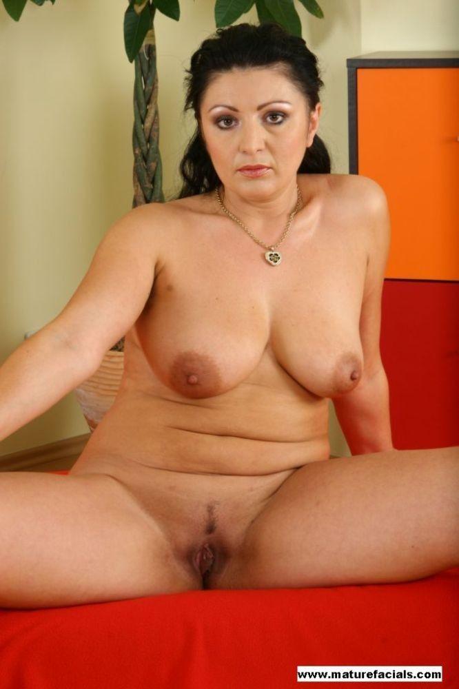 Caroline williams nude
