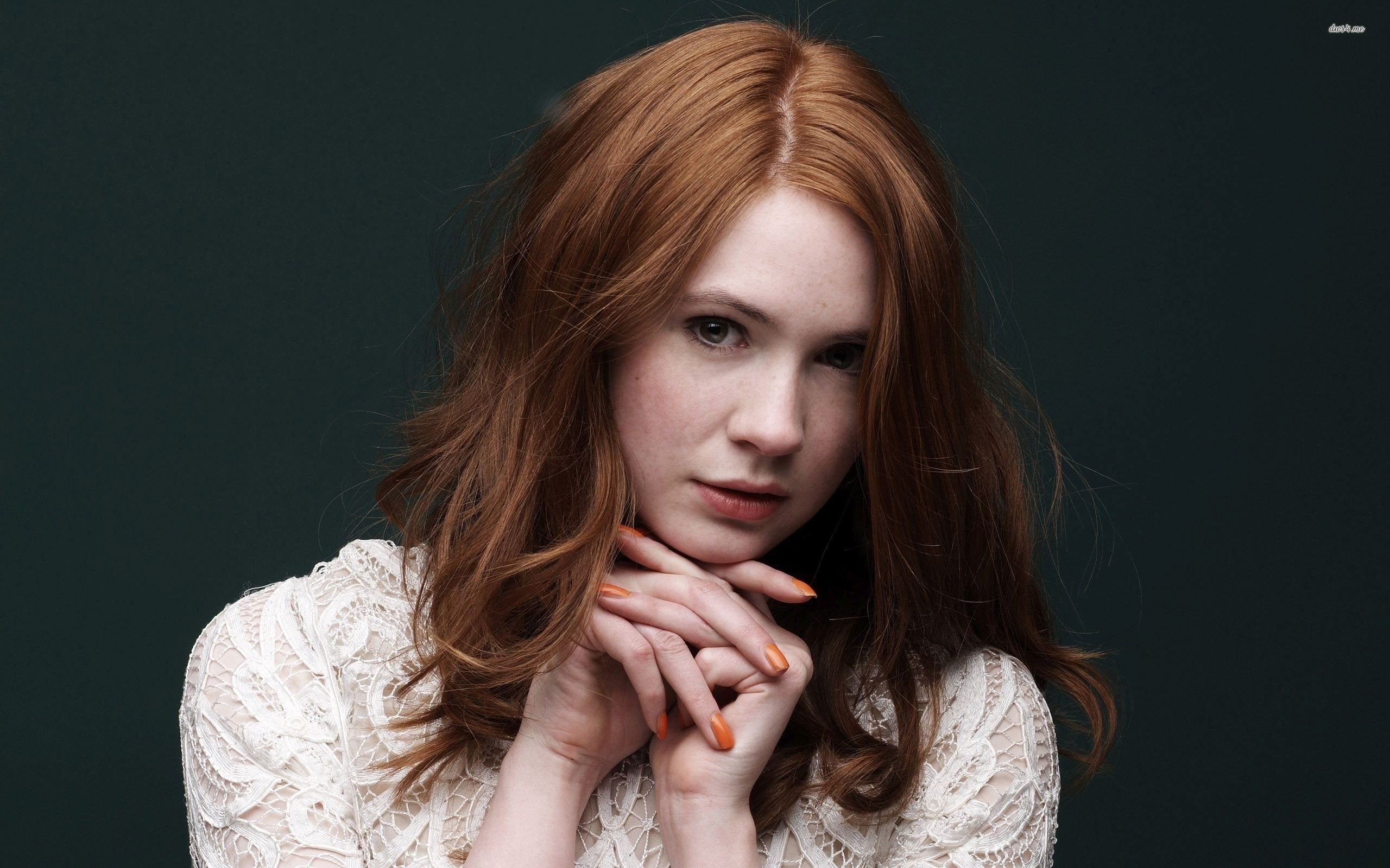Singer actress redhead