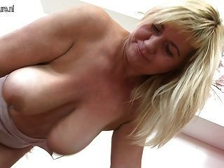 best of Granny Saggy nude mom pics boob