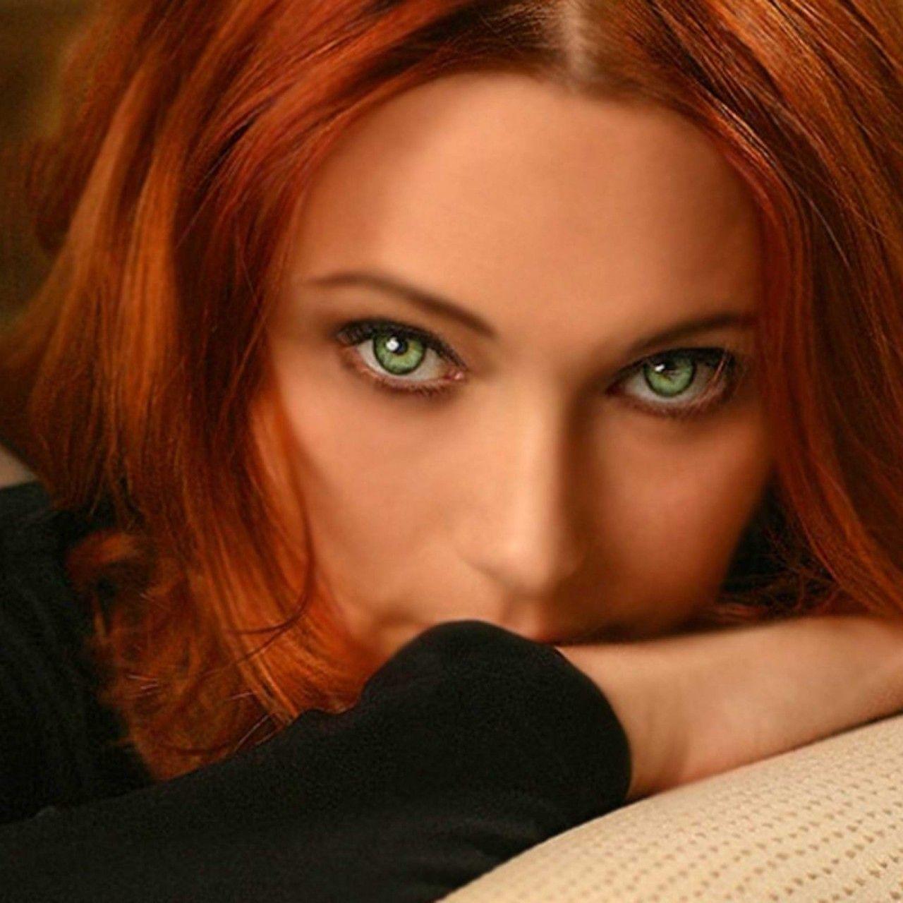 Redhead milf eye green