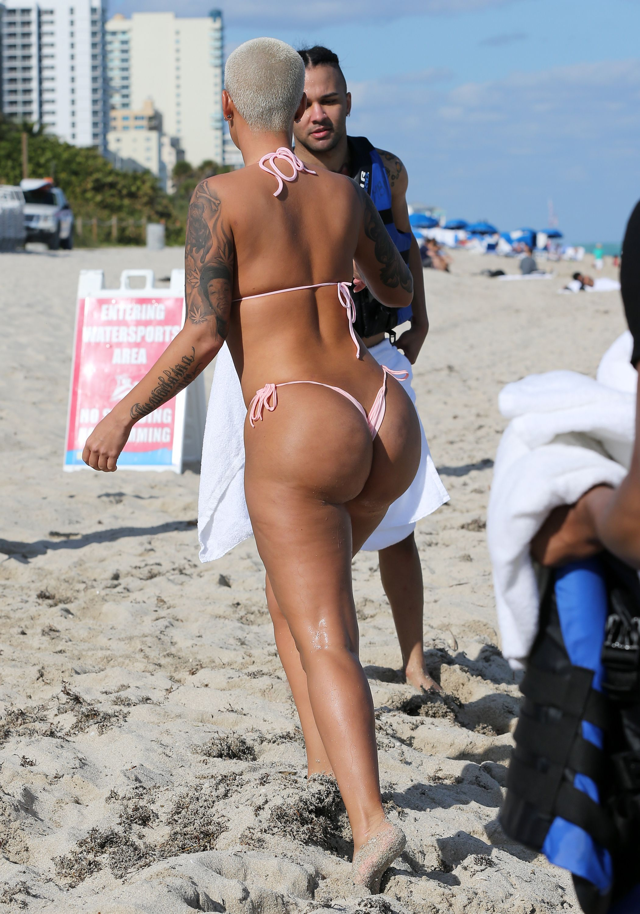 Amber Rose Naked Boobs amber rose upskirt - photos and other amusements.