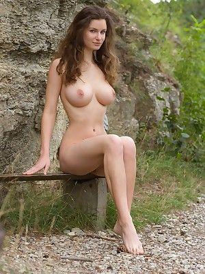 American nude photo