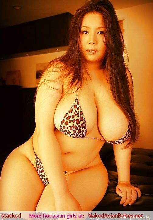 Com erotic ievw voluptuous woman