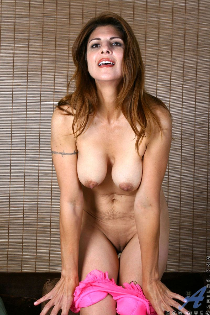 Busty Milf Porn Gallery free milf cougar mobile porn . pics and galleries. comments: 1