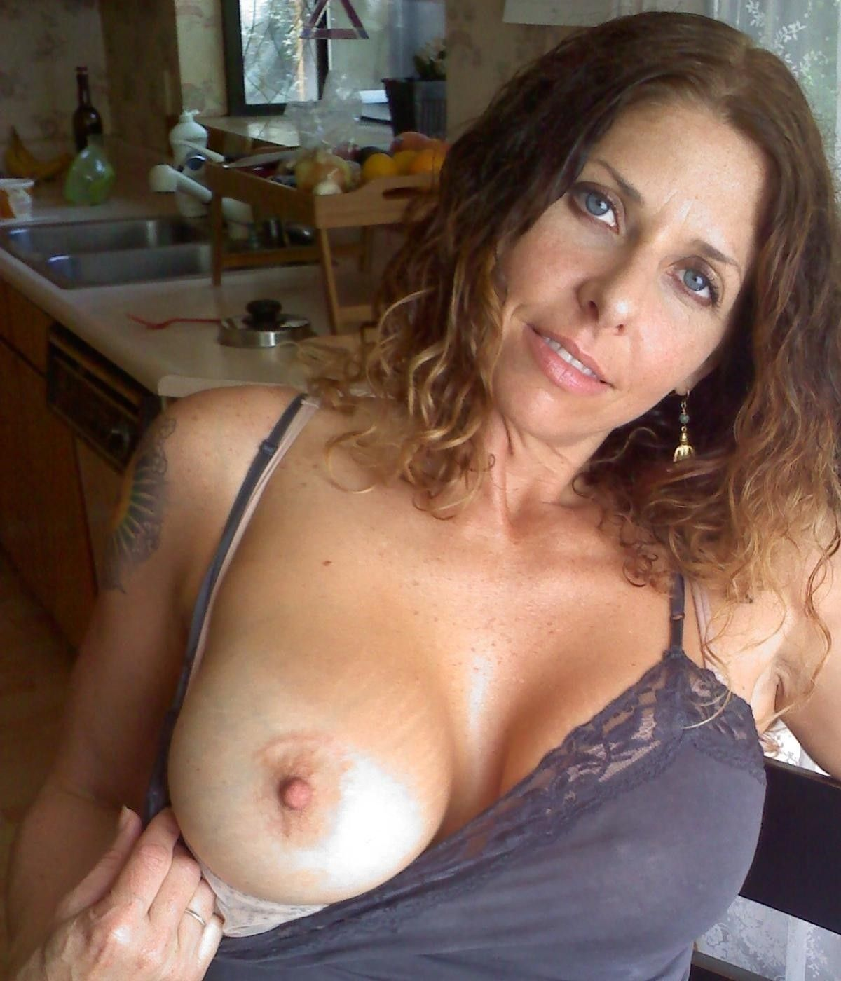 shows Drunk boobs wife