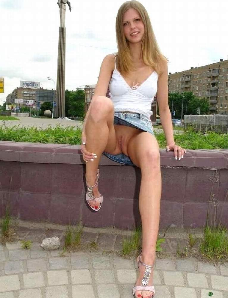 best of Movie Upskirt thumbs candid