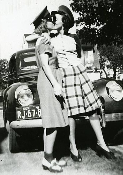 Black L. reccomend 1980 s lesbian pictures