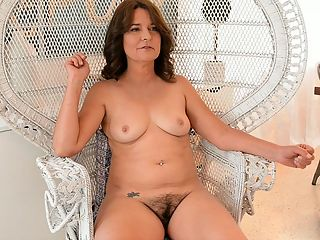 Cookie reccomend Age 40 milf group