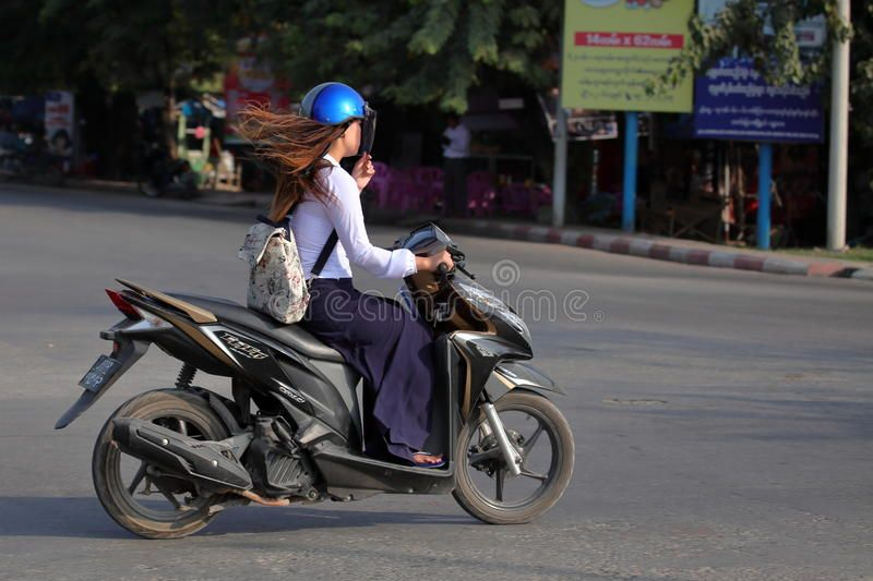 asian porn Moped