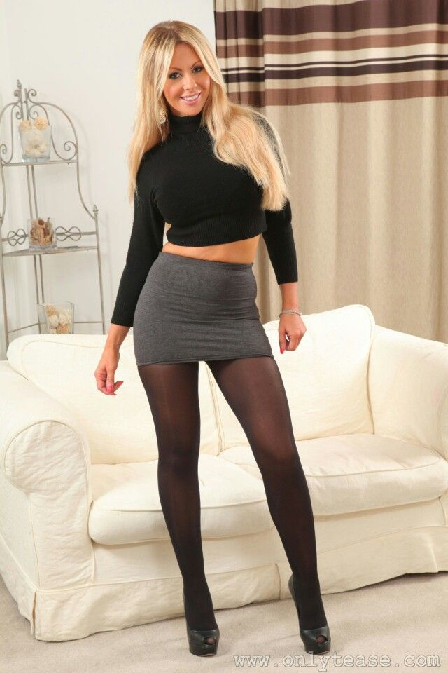 Lightening B. reccomend Busty tight skirts
