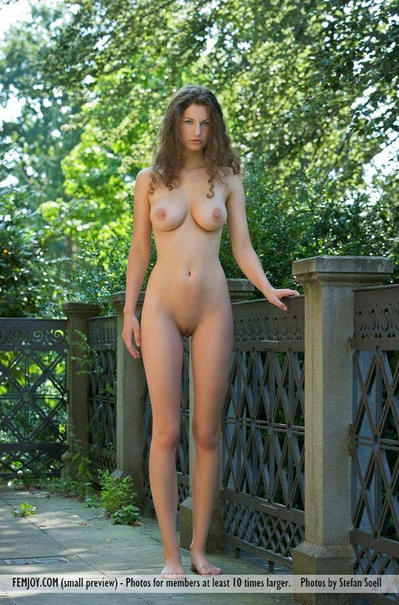 Bare naked cousin