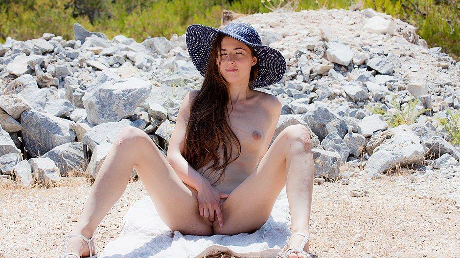 Hot ass porn pics of tna pics