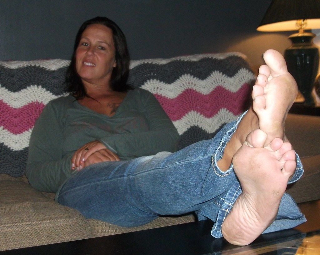 Blue jeans and bare foot fetish