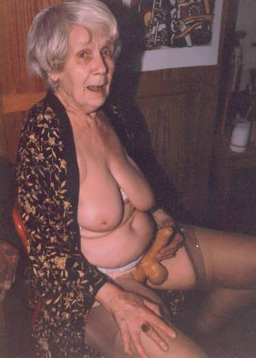 Real old grandmas that still love to fuck