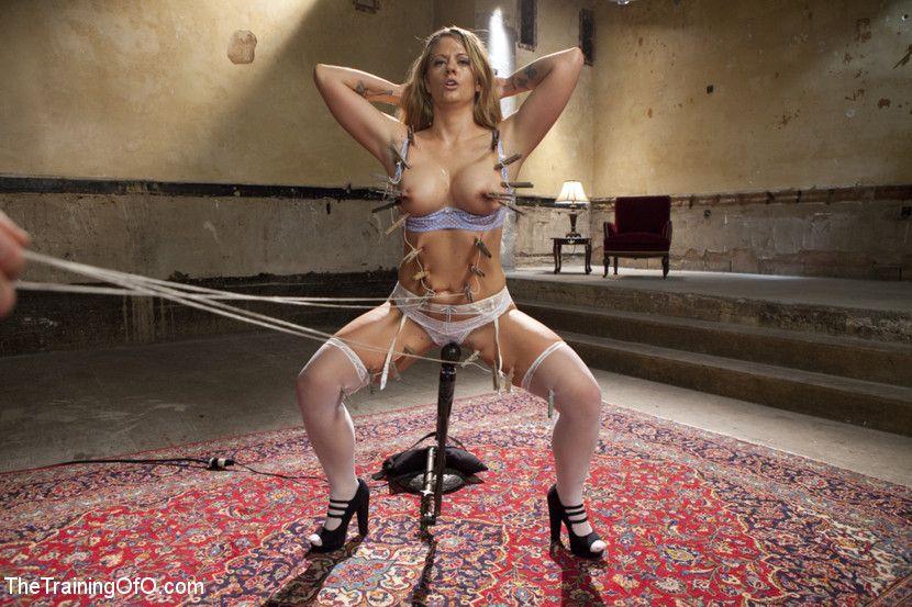 Scarlett johansson full nude pics