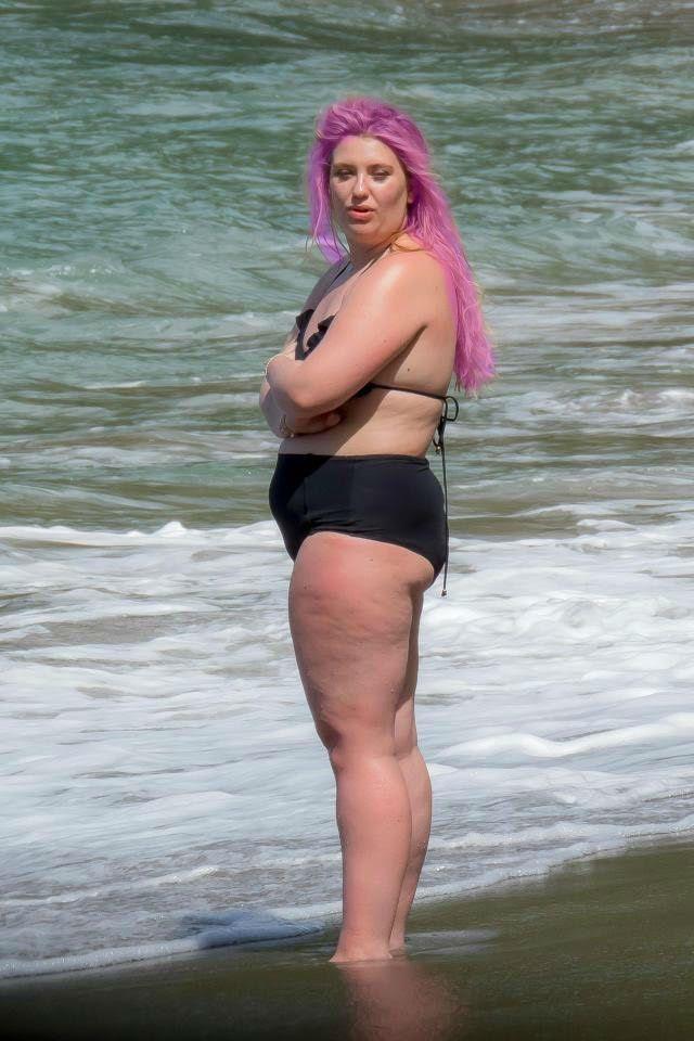 Chubby pic woman