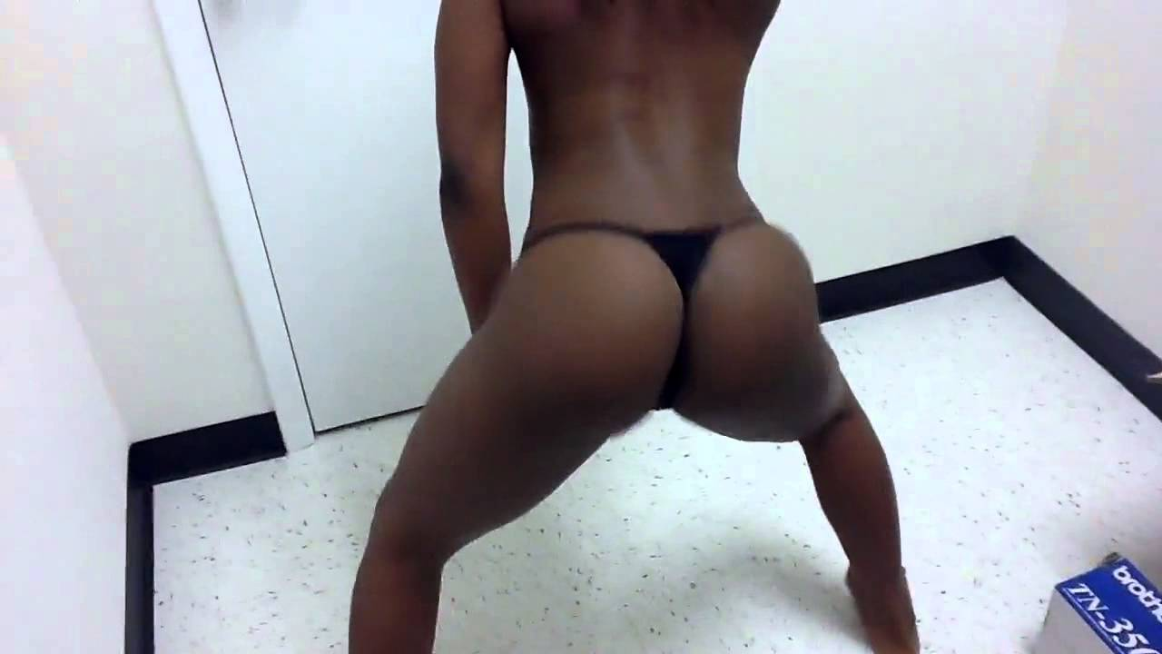 Twerking black girls naked