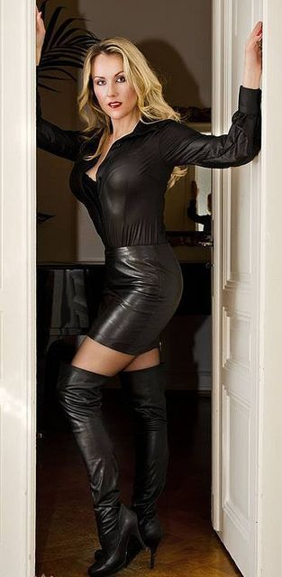 Leather milfs boots sexy
