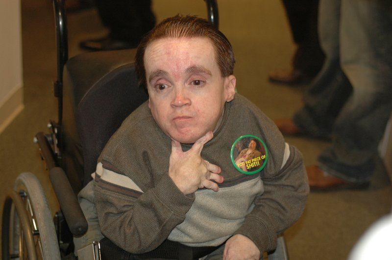 Offense reccomend Eric the midget american idol broadcast