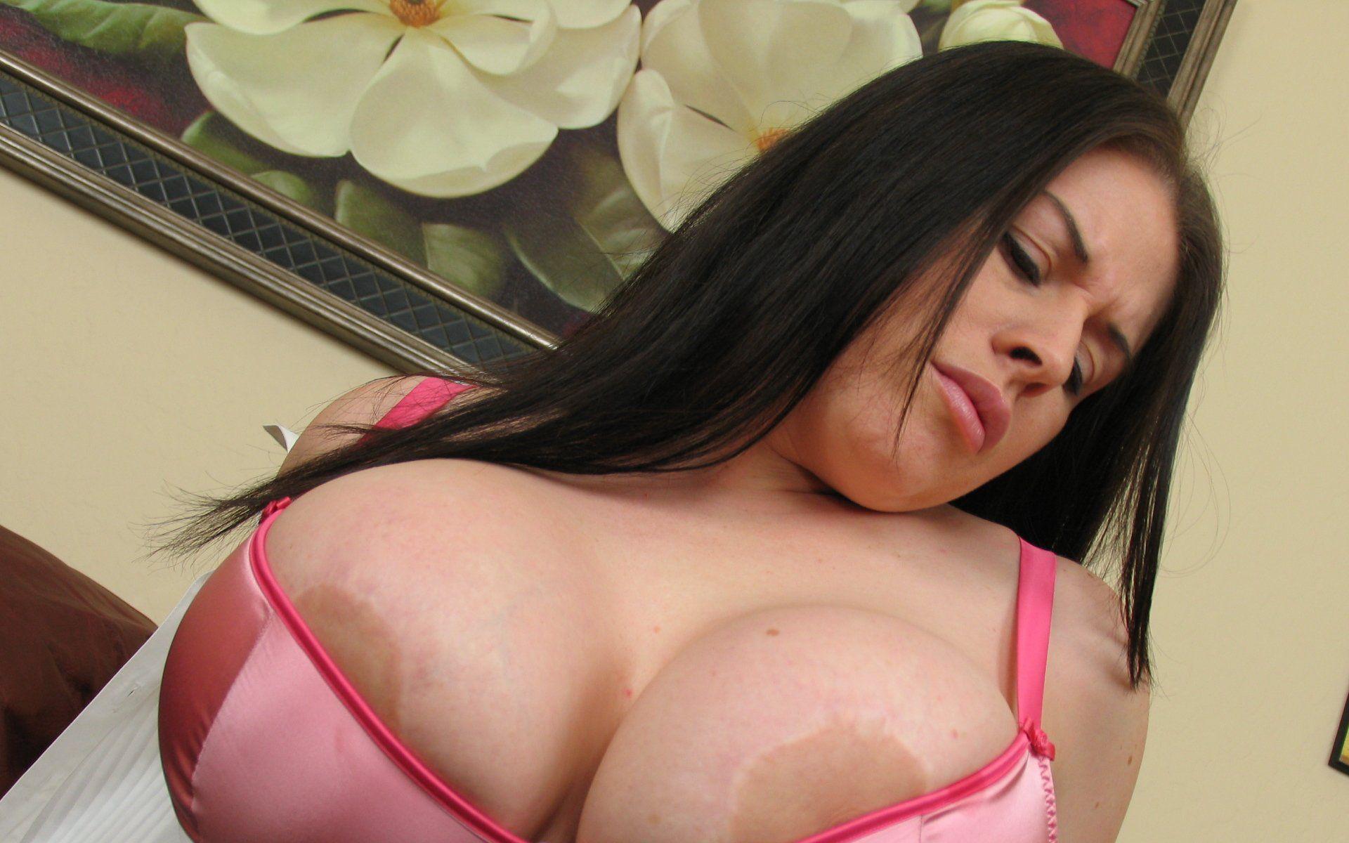 Free boob pic galleries